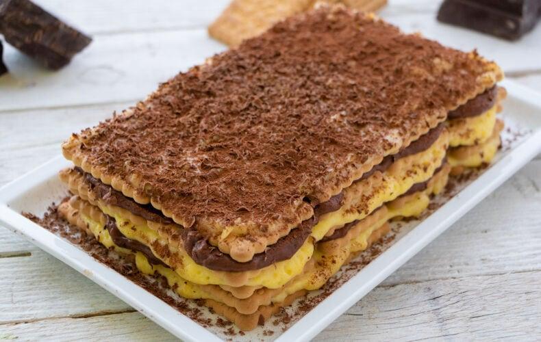 Ricetta Torta Facile Biscotti E Crema Pasticcera 2