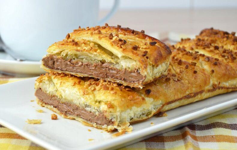 treccia-di-pasta-sfoglia-al-cioccolato-nutella-treccia-intrecciata