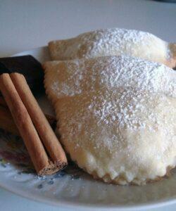 ravioli-dolci-di-carnevale-ricotta-cioccolato-cassatella