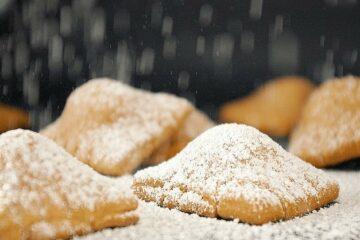 Ravioli-di-Carnevale-al-Forno-dolci