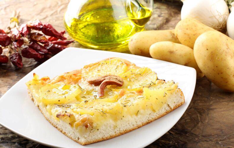 focaccia-pizza-con-le-patate