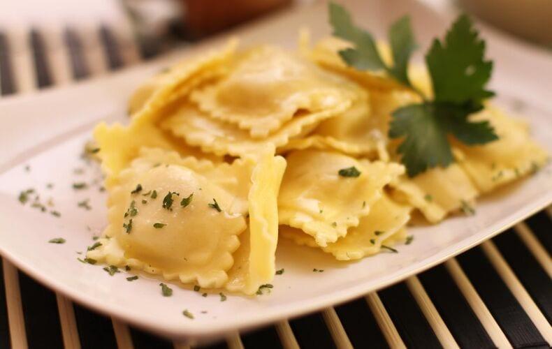 ravioli-castagne-salsiccia