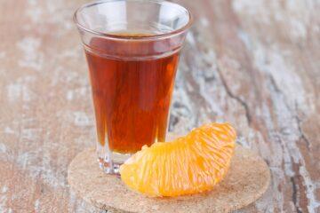 Liquore-al-Mandarino-fatto-in-casa-Mandarinetto