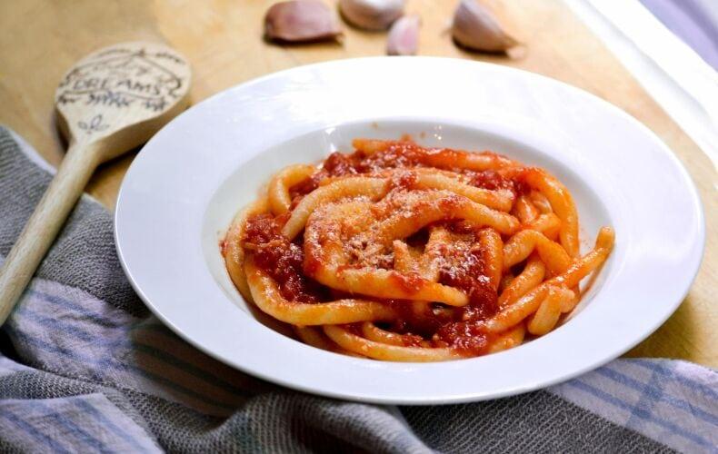 ricetta-pici-all-aglione