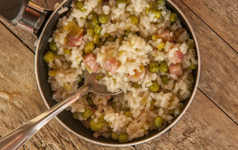 ricetta-risotto-con-pancetta-e-piselli