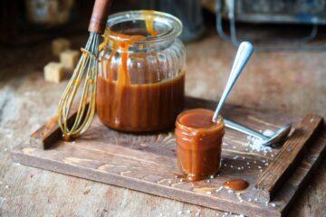 ricetta-salsa-al-caramello-salato