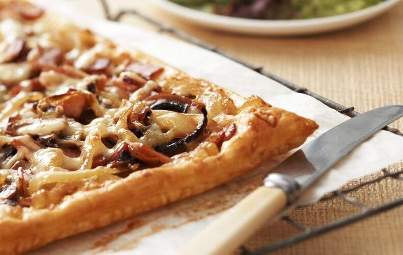 ricetta-torta-salata-gorgonzola-e-bacon