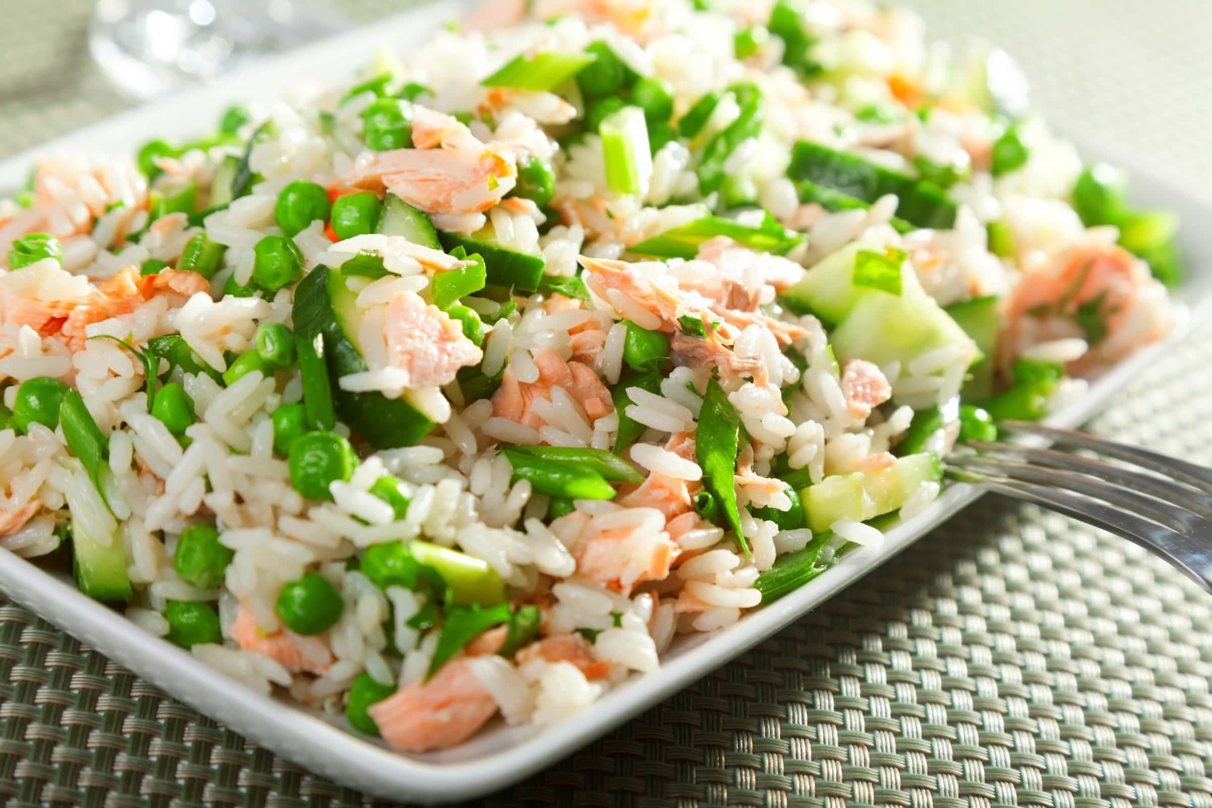 Ricetta Insalata di Riso, Salmone e Verdure