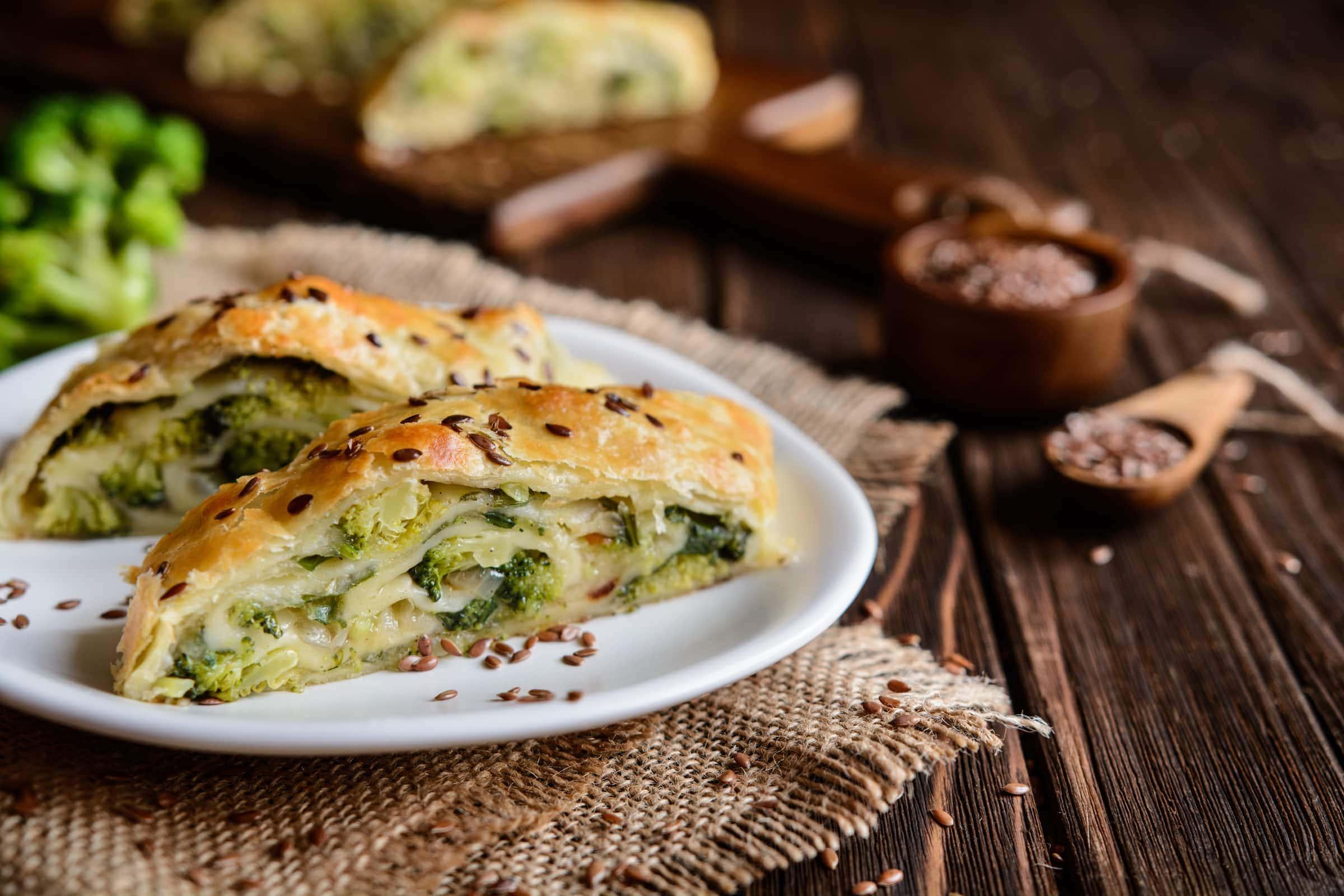 Ricetta Strudel Salato di Broccoli e Scamorza