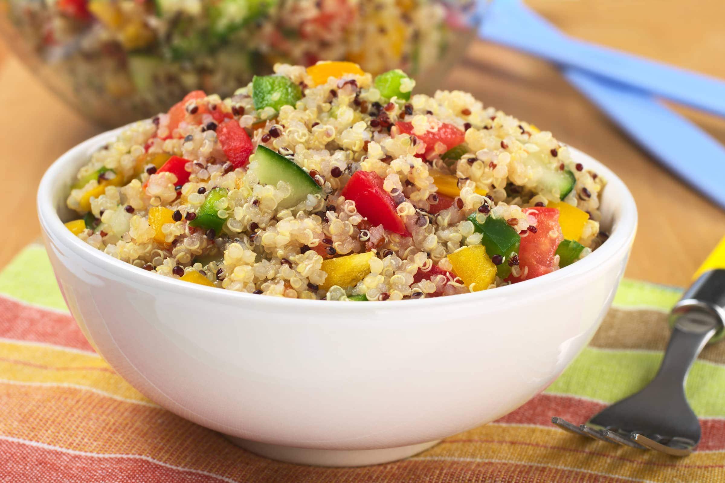 Ricetta Insalata Vegetariana.Ricetta Insalata Vegetariana Di Quinoa Il Club Delle Ricette