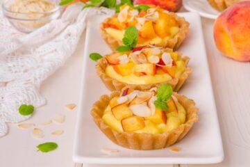 Ricetta Tartellette Pesche Crema