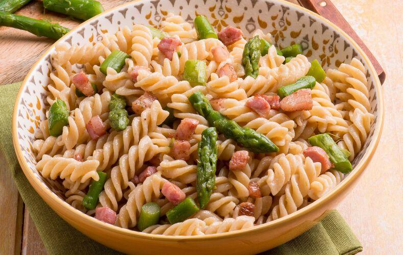 Ricetta Fusilli Con Asparagi E Pancetta