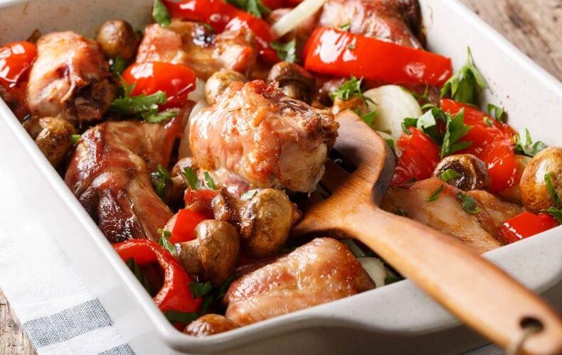 Ricetta Coniglio Arrosto Con Funghi E Peperoni