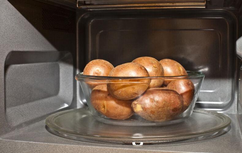 Come Lessare Le Patate Microonde Buccia