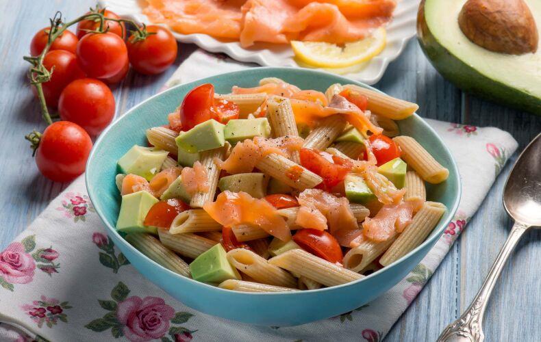 Ricetta Pasta Fredda Con Salmone Avocado E Pomodorini