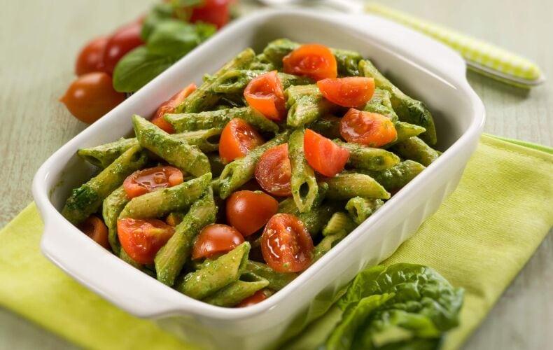 Ricetta Penne Al Pesto Di Spinaci E Pomodorini