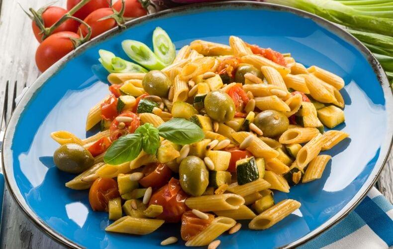 Ricetta Penne Con Zucchine Olive E Pomodorini