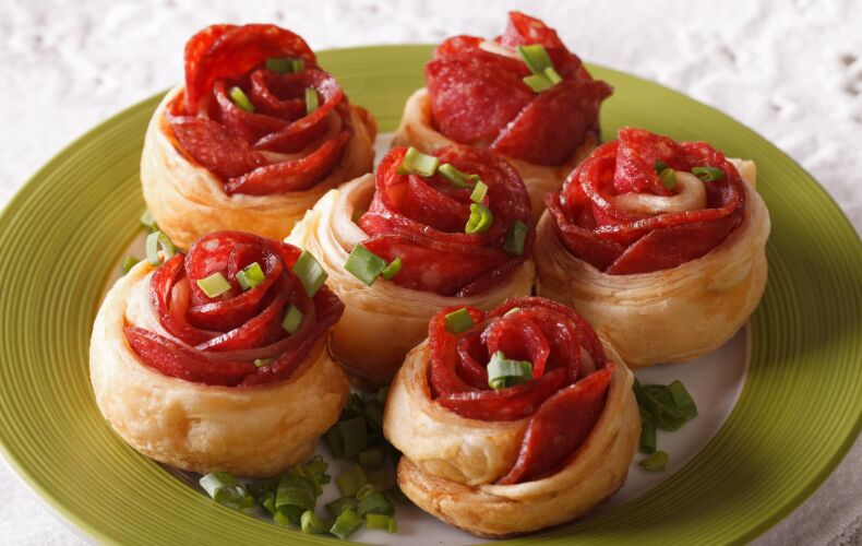 Ricetta Rose Di Pasta Sfoglia Al Salame