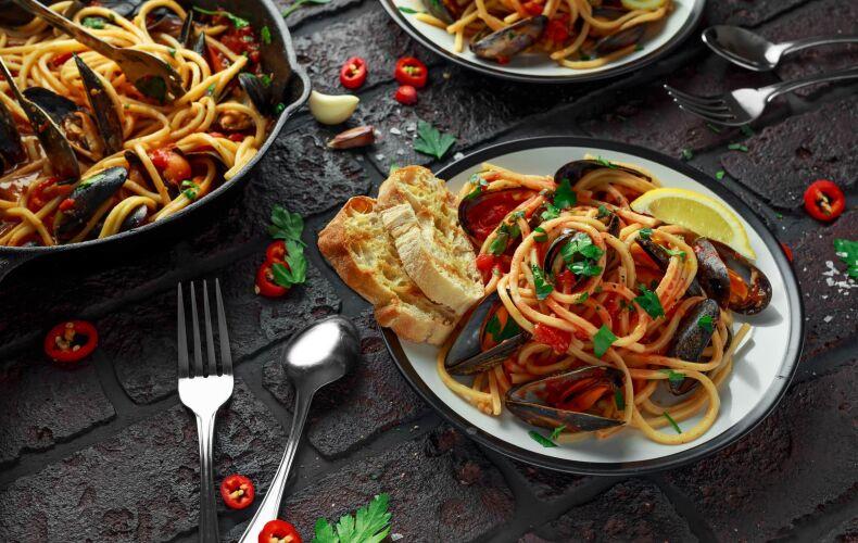 Ricetta Spaghetti Con Cozze E Pomodoro