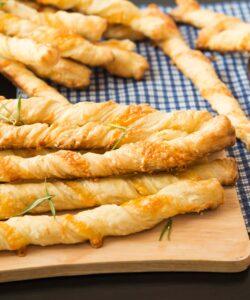 Ricetta Grissini Di Pasta Sfoglia
