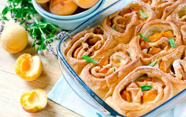 Ricetta Torta Di Rose Di Pan Brioche Alle Albicocche