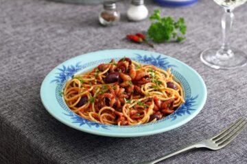 Ricetta Pasta Con Moscardini E Olive