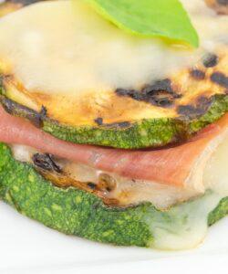 Ricetta Sandwich Di Zucchine Grigliate Speck E Scamorza