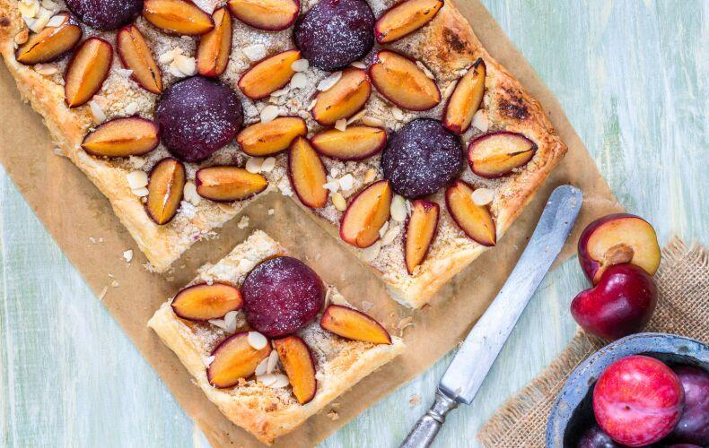 Ricetta Torta Di Pasta Sfoglia Alle Prugne