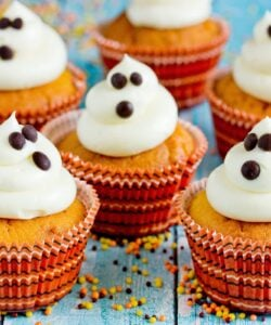Ricetta Cupcake Fantasmini Di Halloween Alla Zucca