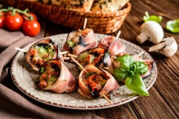 Ricetta Funghi Ripieni Avvolti Nel Bacon