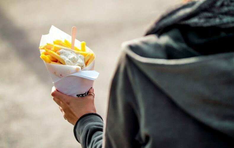 Inghilterra Mangia Solo Patatine E Pane Bianco Teenager Diventa Cieco E Sordo