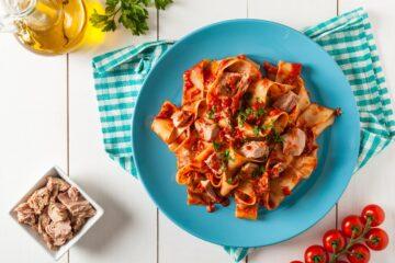 Ricetta Pappardelle Al Tonno E Pomodoro
