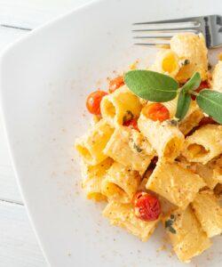 Ricetta Pasta Con Ricotta E Pomodorini