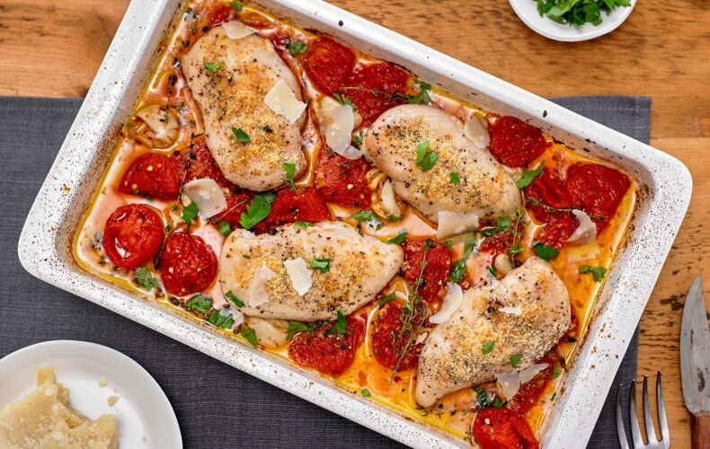 Ricetta Pollo Gratinato Al Forno Con Parmigiano E Pomodorini