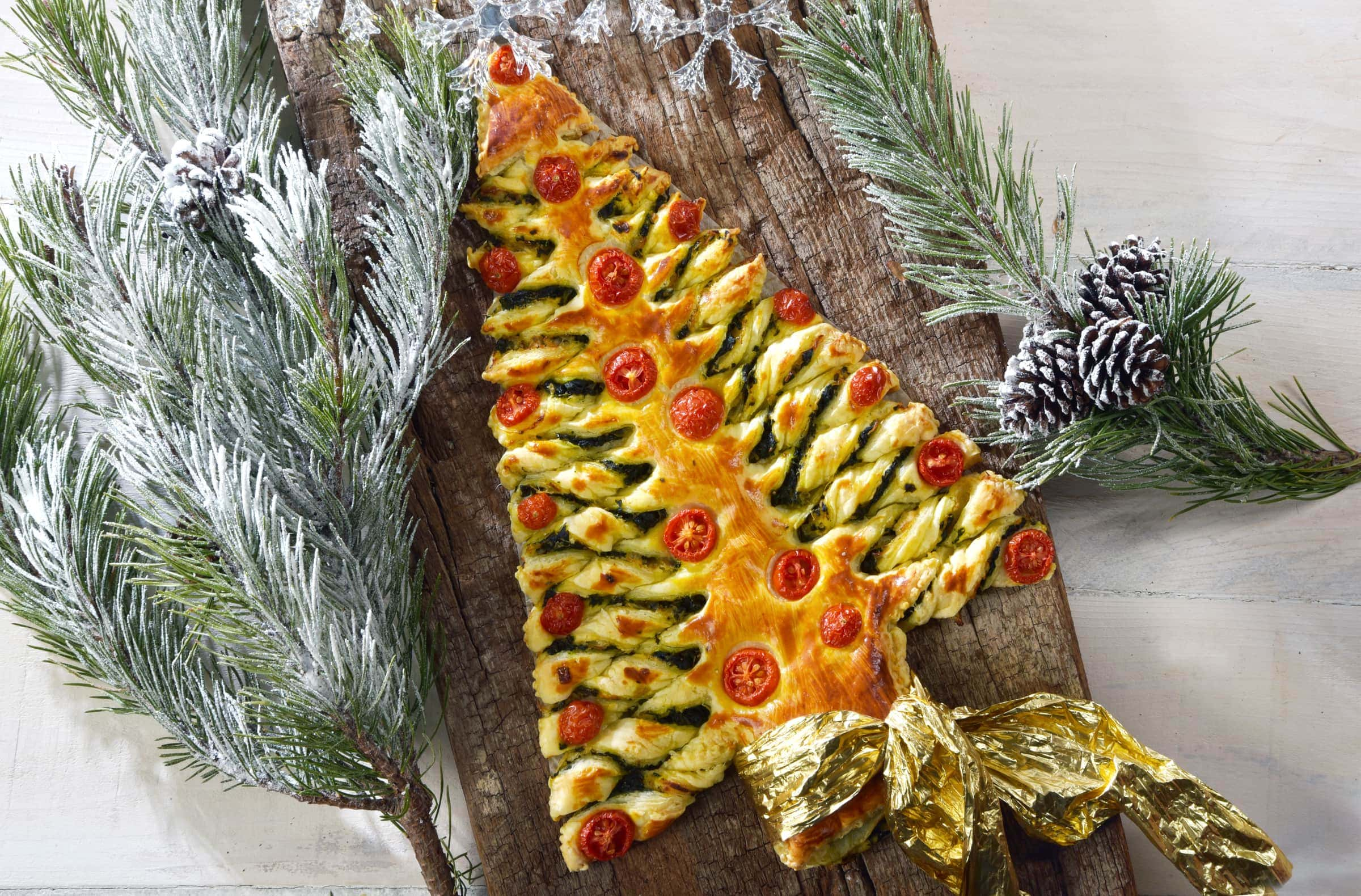 Antipasti Natalizi A Forma Di Albero Di Natale.Ricetta Albero Di Natale Di Sfoglia Il Club Delle Ricette