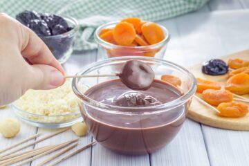 Ricetta Lecca Lecca Di Frutta E Cioccolato Copertura