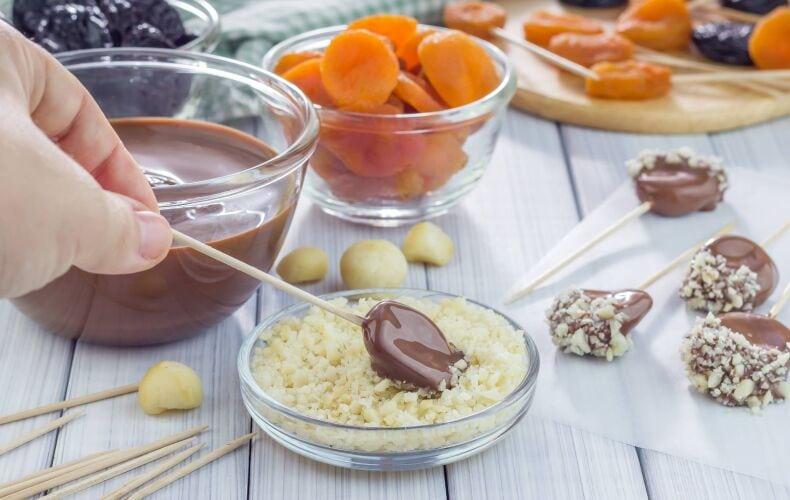 Ricetta Lecca Lecca Di Frutta E Cioccolato Nocciole