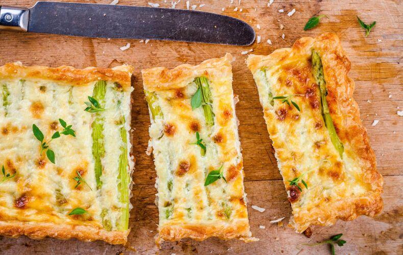 Ricetta Torta Salata Asparagi Parmigiano Tagliata