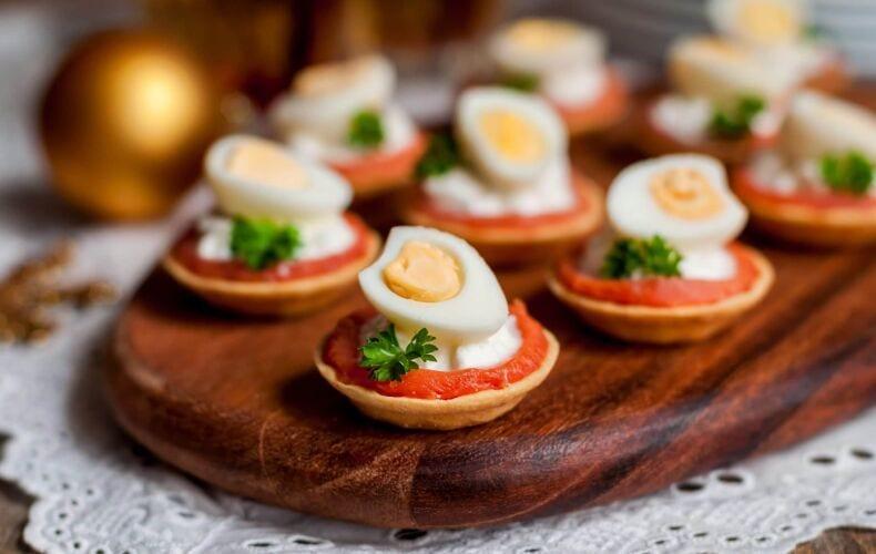 Ricetta Tartine Con Salmone Affumicato Ricotta E Uova