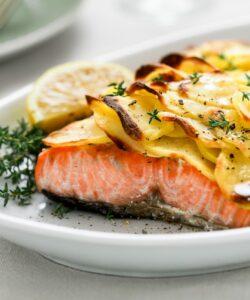 Ricetta Salmone In Crosta Di Patate