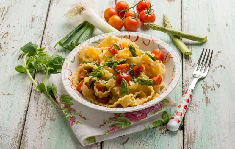 Ricetta Pasta Asparagi E Pomodorini