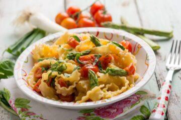Ricetta Pasta Con Asparagi E Pomodorini