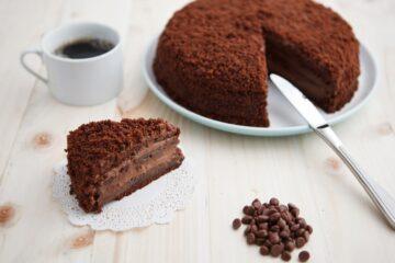 Ricetta Torta Farcita Al Cioccolato