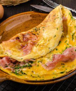 Ricetta Omelette Prosciutto E Formaggio