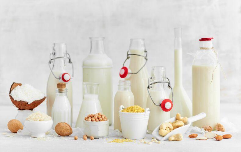 Vari Tipi Di Latte In Bottiglia