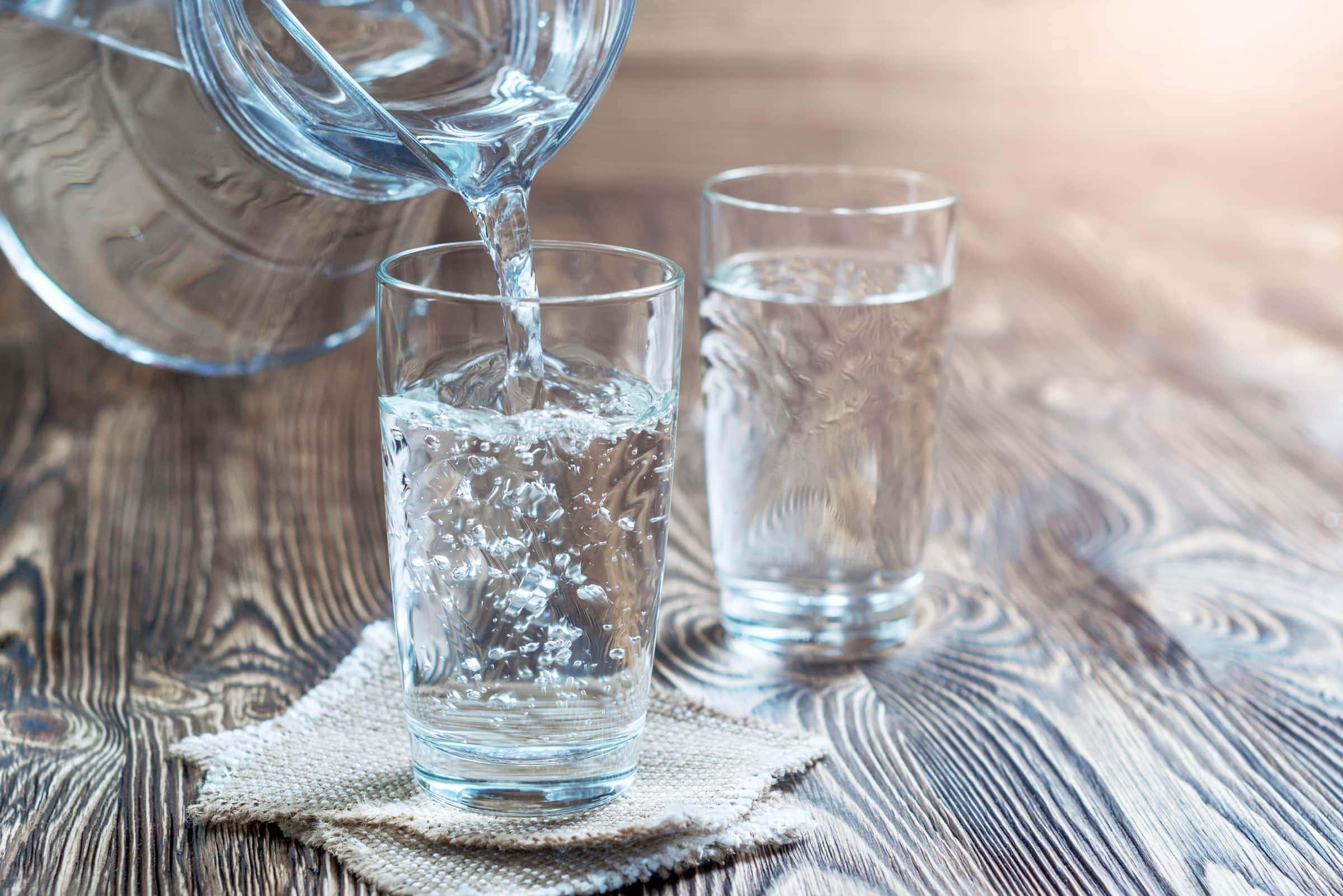 Consigli Per Tornare In Forma Bere Acqua