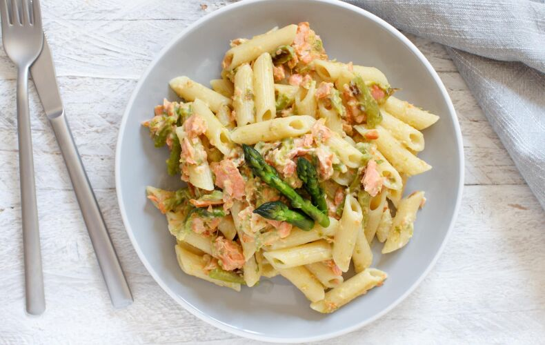 Ricetta Pasta Asparagi E Salmone