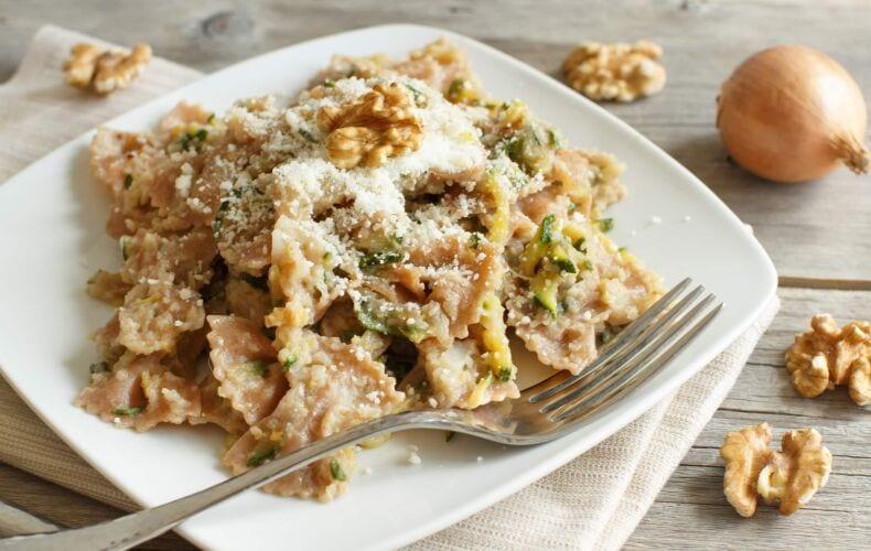 Ricetta Pasta Noci Zucchine