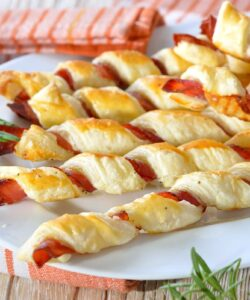Ricetta Grissini Di Pasta Sfoglia Con Prosciutto