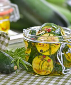 Ricetta Zucchine Sottolio Fatte In Casa